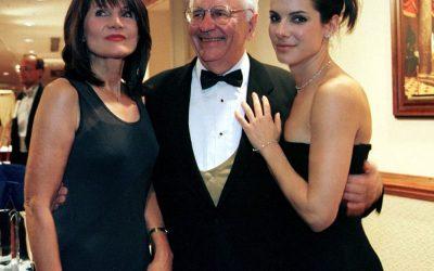 Muere el padre de Sandra Bullock