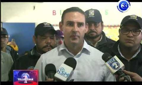 Alcalde de San Salvador verifica albergues