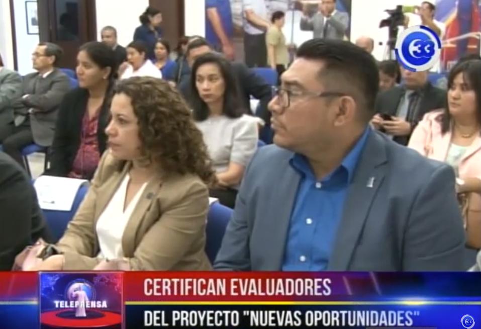 """Certifican evaluadores del """"proyecto nuevas oportunidades"""""""