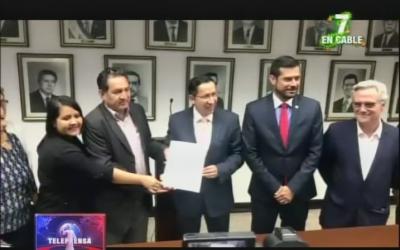 Gobierno pide terreno para familias de la finca El Espino