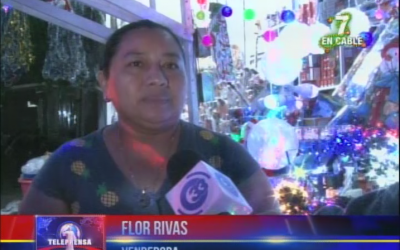 Ventas navideñas en el Centro de San Salvador