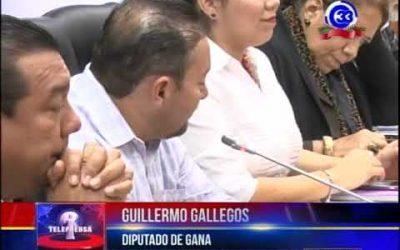 GANA y FMLN no dan votos para reelección de fiscal